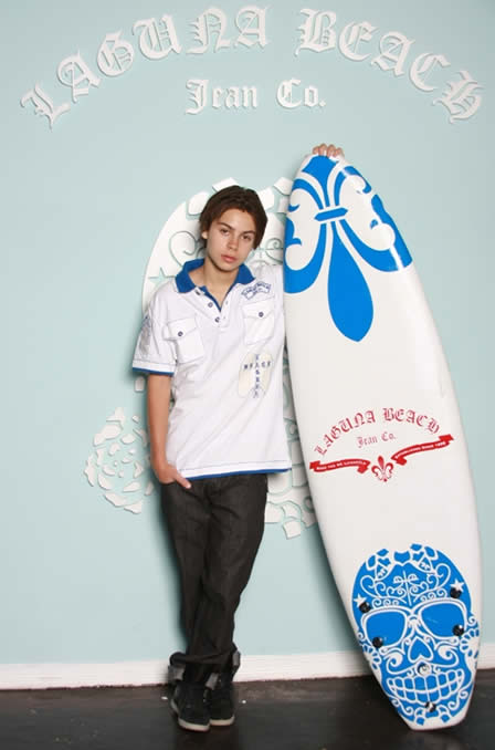 Jake T. Austin WIZARDS OF WAVERLY PLACE