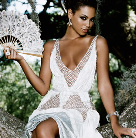 Beyoncé + Giorgio Armani = Emporio Armani Diamonds