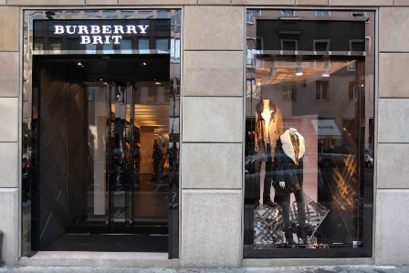 Burberry opens Burberry Brit in Milan