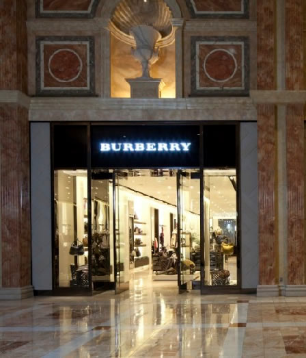 BURBERRY RE-OPENS FLAGSHIP STORE IN LAS VEGAS