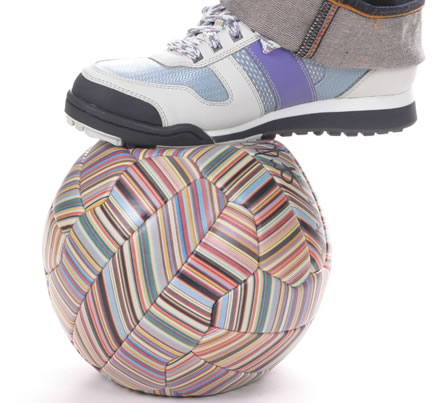 Nike Trainers + Google = Joga Bonito