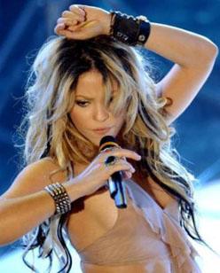 Shakira Pop Princess - Shakira Humanitarian Heroine
