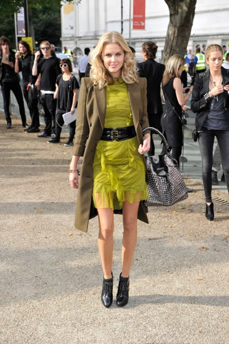 Donna Air wearing Burberry at the Burberry Prorsum Spring Summer 2011 Womenswear Show