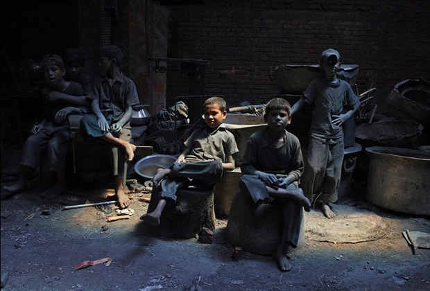 clothing-factory-workers-exploited